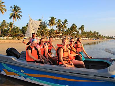 Groepsreis Sri Lanka: Cultuur & Strand Zomer - 15 dagen; Tropisch strand in juli, augustus en september afbeelding